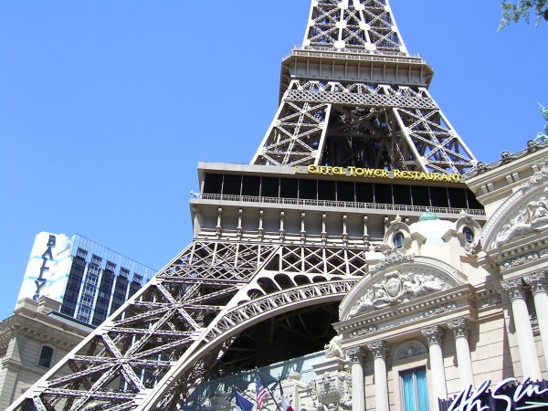 One Afternoon Beside Paris (Las Vegas)